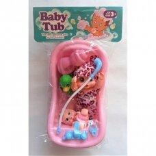Lėlė kūdikis su vonele ir kitais maudynių reikmenimis