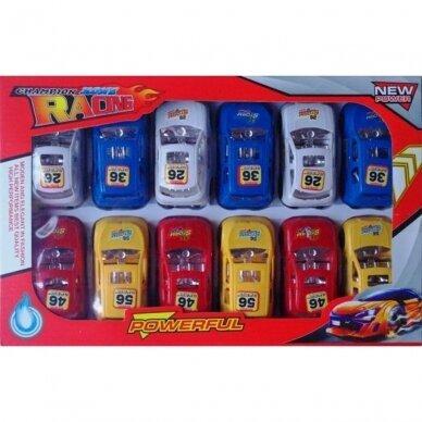 Mašinėlių rinkinys dėžėje