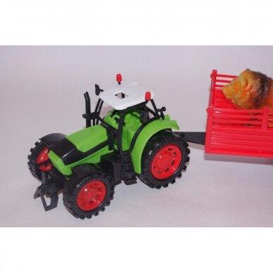 Traktorius su dviem priekabom 3
